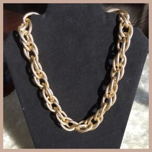 Jewelry - Chunky Chain Link Statement Necklace
